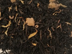 A blend of black tea and mango pieces
